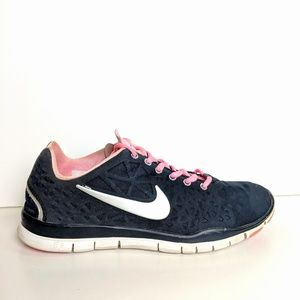 Nike Free TR Fit 3, black and pink, size 10 wmn's
